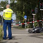 Twee gewonden bij ongeval tussen scooter en auto op de Amerikaweg