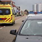 Fietser gewond na aanrijding met auto op de Zwanenburgerdijk