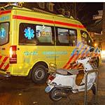Scooterrijdster gewond na ongeval op de Raadhuisstraat