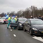 Vrouw gewond bij kop-staart aanrijding op de Westelijke Randweg