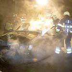 Autobrand in de Paus Leostraat in Haarlem