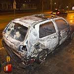 Auto volledig uitgebrand aan de Belgielaan in Haarlem