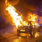 Autobrand aan de Oudeweg in Haarlem