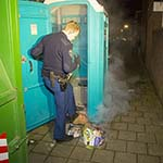Eco-toilet in de brand gestoken in de Bromostraat in Haarlem-Noord