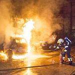 Auto's in de brand bij de Lichtfabriek in Haarlem