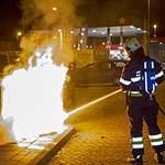 Weer brandstichting bij afvalcontainers aan de Planetenlaan in Haarlem