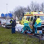 Twee gewonden bij kop-staart botsing op de N205 bij Vijfhuizen