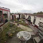 Woonboot gezonken aan de Cruquiusdijk in Vijfhuizen