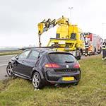 Veel vertraging na auto te water langs de A5 bij Schiphol