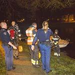 Hulpdiensten massaal in actie voor te water geraakt fietslampje