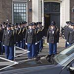 Erepeleton voor overleden politieagent aan de Koudehorn in Haarlem