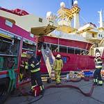 Vier gewonden bij brand op schip in Velsen-Noord