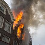 Grote brand in historisch pand in centrum van Haarlem