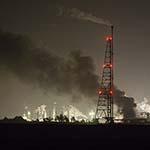 Lichtgewonden bij explosies en brand Shell Moerdijk
